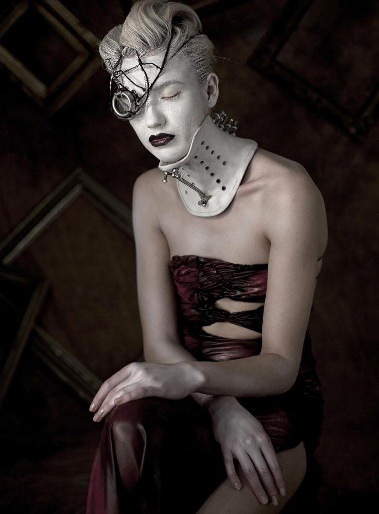 alteredside Maciej Grochala - fashion artistic portraits